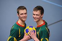 KORFBAL: GORREDIJK: LDODK, 130312, Korfballende broers André (15) en Erwin (11) Zwart, ©foto Martin de Jong