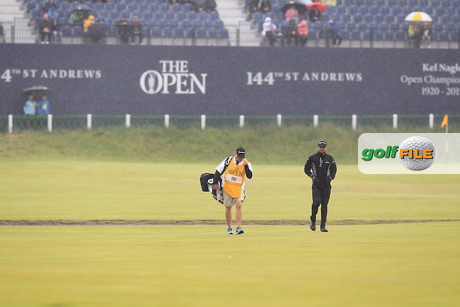 Jason DAY (AUS)  on the 1st during the final round on Monday of the 144th Open Championship, St Andrews Old Course, St Andrews, Fife, Scotland. 20/07/2015.<br /> Picture: Golffile | Fran Caffrey<br /> <br /> <br /> All photo usage must carry mandatory copyright credit (&copy; Golffile | Fran Caffrey)