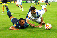 Faouzi Ghoulan   and Bruno Gama  during Europa League Semi Final first    leg soccer match, between SSC Napoli and  Dinipro   at  the San Paolo   stadium in Naples  Italy , May 07, 2015