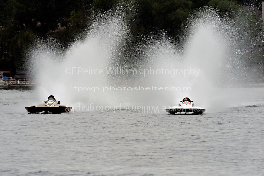"13-14 June, 2009, APBA Inboards, Walled Lake, Novi, MI. USA.Steve Kuhr, GNH-317 ""The Irishman"", Grand National Hydroplane,Tony Black, NM-928 ""Illusion"", National Mod hydroplane.©F. Peirce Williams 2009 USA.F.Peirce Williams.photography.ref: RAW (.NEF) File Available"