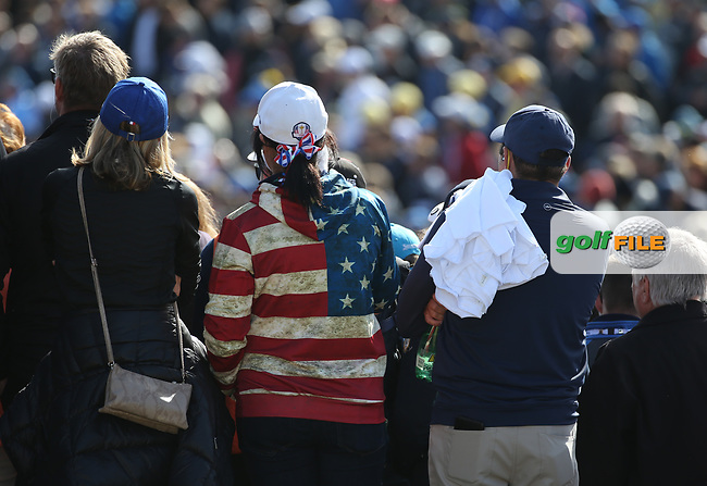 USA fan standouts from the crowd during Saturday's Fourballs, at the Ryder Cup, Le Golf National, Île-de-France, France. 29/09/2018.<br /> Picture David Lloyd / Golffile.ie<br /> <br /> All photo usage must carry mandatory copyright credit (© Golffile   David Lloyd)