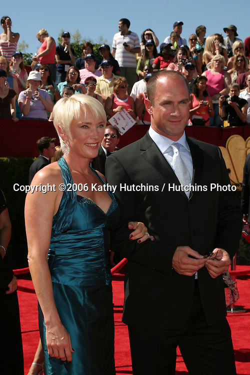Christopher Meloni & wife.58th Primetime Emmy Awards.Shrine Auditorium.Los Angeles, CA.August 27, 2006.©2006 Kathy Hutchins / Hutchins Photo....