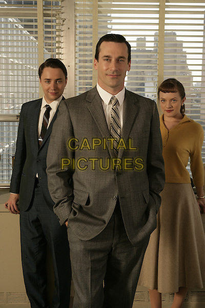 VINCENT KARTHEISER, JON HAMM, ELISABETH MOSS<br /> in Mad Men (Season 1)<br /> *Filmstill - Editorial Use Only*<br /> CAP/FB<br /> Image supplied by Capital Pictures