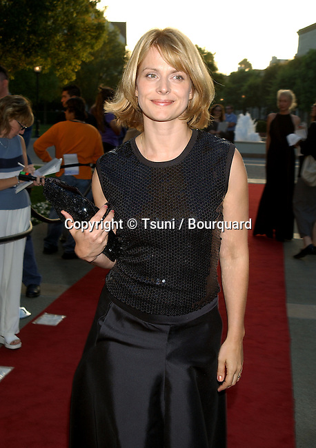 Nastassja Kinski arriving at the premiere of AN AMERICAN RHAPSODY on the Paramount lot in Los Angeles. August 3, 2001  Real life story from the writer / director, based on her own life as a Hungarian refugee in 1950.          -            KinskiNastassja01.jpg
