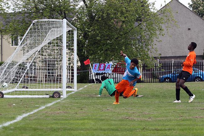 LAMBETH TIGERS v ENERGISE<br /> LONDON COUNTY SATURDAY YOUTH FOOTBALL LEAGUE U14 CUP FINAL SATURDAY 23RD MAY 2015 LONG LANE FC