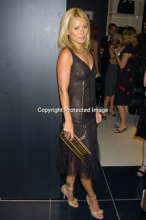 """Kelly Ripa ..at the Book Party for Finola Hughes' Book """"Soapsuds"""" ..at The Montblanc Global Flagship Store on June 14, 2005. ..Photo by Robin Platzer, Twin Images"""