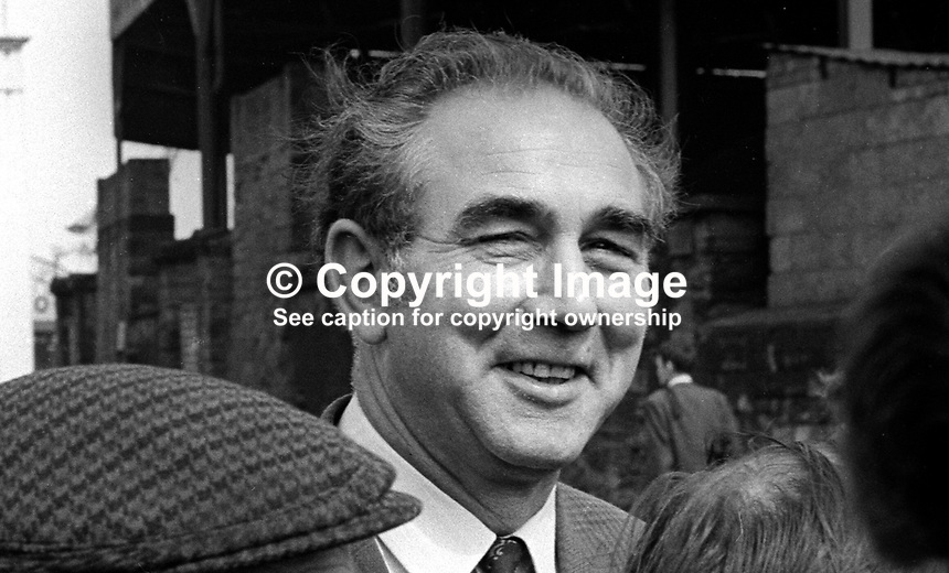 Superintendent Harry Shute, RUC, Royal Ulster Constabulary, N Ireland, UK, civies, civilian clothes, informal, September, 1971, 197109000331<br />