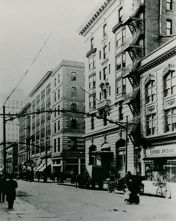 1915 .UNDATED..Historical..Looking South or Granby Street from Market Street.from the Carroll Walker Collection...NEG#.NRHA#..