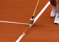 France, Paris, 27.05.2014. Tennis, French Open, Roland Garros, court attendants swiping the lines<br /> Photo:Tennisimages/Henk Koster