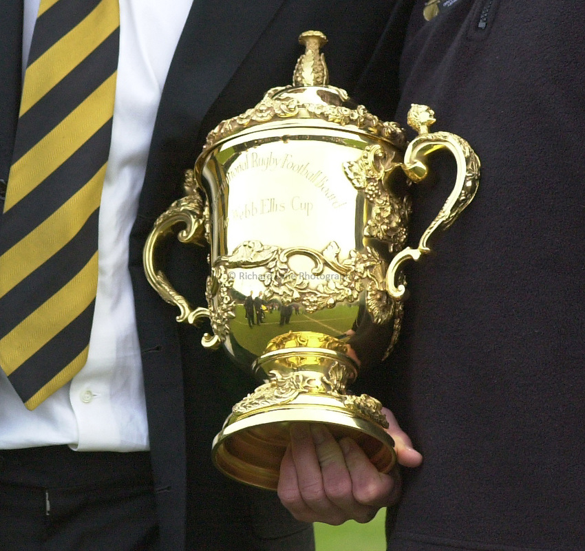 Photo. © Peter Spurrier/Richard Lane Photography.Heineken Cup 25/01/2004 Wasps v Calvisano.1st leg..Webb-Ellis trophy ..