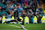 Goalkeeper Gorka Iraizoz Moreno of Athletic Club in action during their La Liga match between Real Madrid and Athletic Club at the Santiago Bernabeu Stadium on 23 October 2016 in Madrid, Spain. Photo by Diego Gonzalez Souto / Power Sport Images
