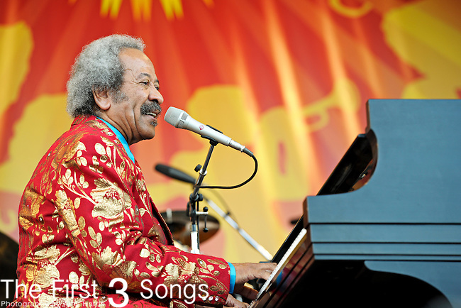 Allen Toussaint performs during the New Orleans Jazz & Heritage Festival in New Orleans, LA on May 7, 2011.