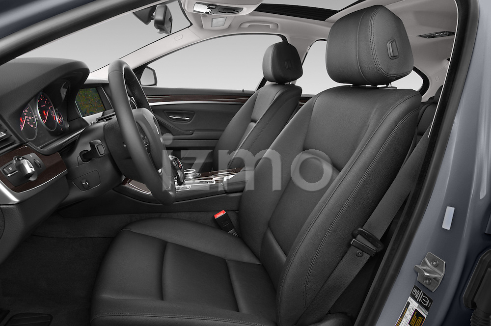 Front seat view of a 2015 BMW 5 Series 528i 4 Door Sedan Front Seat car photos