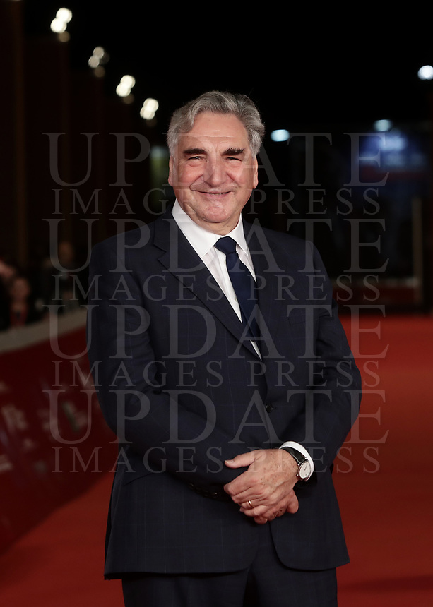 L'attore britannico James Carter posa durante il red carpet per la presentazione del film 'Downton Abbey' alla 14^ Festa del Cinema di Roma all'Auditorium Parco della Musica di Roma, 19 ottobre 2019.<br /> British actor James Carter poses for the red carpet to present the movie 'Downton Abbey' during the 14^ Rome Film Fest at Rome's Auditorium, on 19 october 2019.<br /> UPDATE IMAGES PRESS/Isabella Bonotto