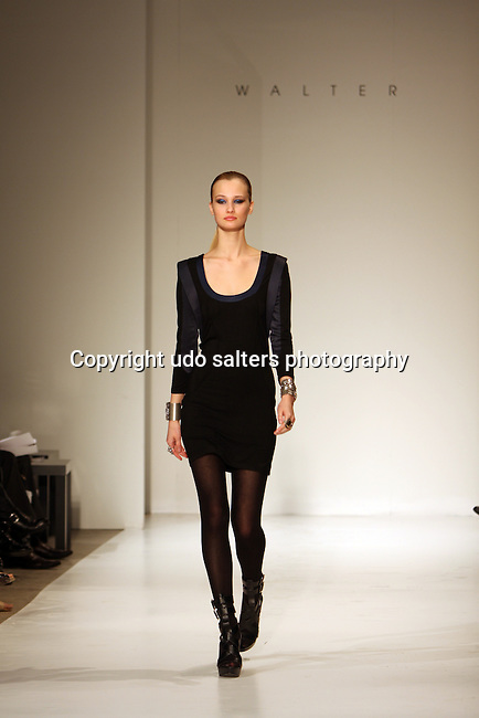Mercedez-Benz IMG New York Fashion Week Fall 2010 - Walter Fall 2010 Runway Fashion Show, Style 360 Stage 37, New York-