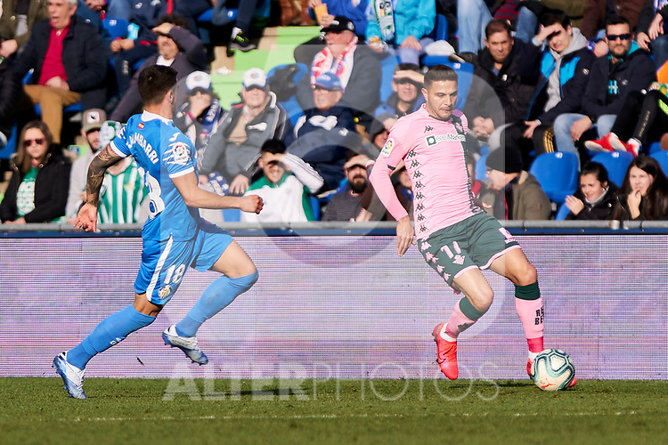 Mauro Arambarri of Getafe FC and Joaquin Sanchez of Real Betis Balompie during La Liga match between Getafe CF and Real Betis Balompie at Wanda Metropolitano Stadium in Madrid, Spain. January 26, 2020. (ALTERPHOTOS/A. Perez Meca)