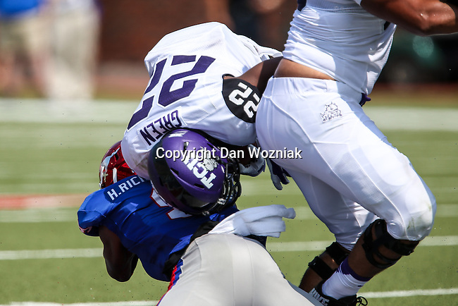 TCU Horned Frogs running back Aaron Green (22) in action during the game between the TCU Horned Frogs and the SMU Mustangs at the Gerald J. Ford Stadium in Fort Worth, Texas. TCU defeats SMU 56 to 0.