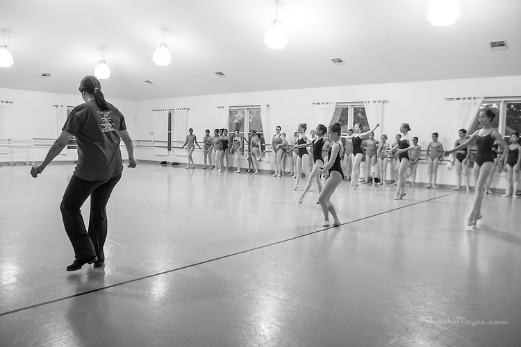 Master Class with visiting teacher Mariaelena Ruiz, Cary Ballet Conservatory, 2 April 2015.