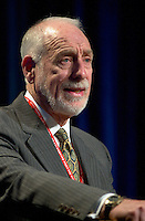 March 19 2003, Montreal, Quebec, Canada<br /> <br /> David Anderson,Canada's  Environment Minister,speak at the Oplening Plenary Session  of Americana ;  a 3 daysconference and  trade show on environment and waste management organized by Reseau Environnement, March 19, 2003 in Montreal, Canada.<br /> <br /> Mandatory Credit: Photo by Pierre Roussel- Images Distribution. (&copy;) Copyright 2003 by Pierre Roussel <br /> <br /> NOTE : <br />  Nikon D-1 jpeg opened with Qimage icc profile, saved in Adobe 1998 RGB<br /> .Uncompressed  Original  size  file availble on request.