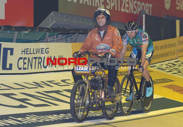 11.01.2014, &Ouml;VB Arena, Bremen, GER, Sixdays Bremen, im Bild Luke Roberts (Team Karstadt Sport #10)<br /> <br /> Foto &copy; nordphoto / Frisch