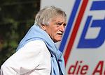 Saarbr&uuml;ckens Vize-Pr&auml;sident Dieter Ferner beim Spiel in der Regionalliga Suedwest, 1. FC Saarbruecken - SV 07 Elversberg.<br /> <br /> Foto &copy; PIX-Sportfotos *** Foto ist honorarpflichtig! *** Auf Anfrage in hoeherer Qualitaet/Aufloesung. Belegexemplar erbeten. Veroeffentlichung ausschliesslich fuer journalistisch-publizistische Zwecke. For editorial use only.
