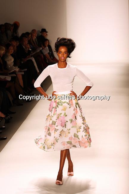 MBFW: Zang Toi Fashion Show at The Studio @ Lincoln Center, New York 9/15/10