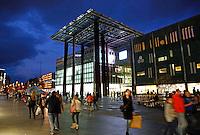 Nederland Eindhoven  2015.  Piazza op het 18 Septemberplein. Winkelcentrum  in de binnenstad. Foto Berlinda van Dam / Hollandse Hoogte