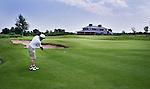HALFWEG - Hole 9 Golfclub Houtrak. COPYRIGHT KOEN SUYK
