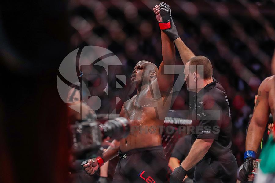 NOVA YORK, EUA, 02.11.2019 - UFC-NOVA YORK - Derrick Lewis (vermelho) e Blagoy Ivanov (azul) durante UFC 244 no Madison Square Garden na cidade de Nova York neste sábado, 02. (Foto: Vanessa Carvalho/Brazil Photo Press/Folhapress)
