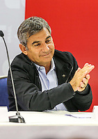 SAO PAULO, SP, 27 FEVEREIRO 2013 - 30 ANOS CUT -   Gilberto Carvalho, secretário-geral da Presidência durante o evento de comemoração dos 30 anos da Central Única dos Trabalhadores (CUT), realizado no Novotel Jaraguá, no centro de São Paulo, na manhã desta quarta- feira (27). (FOTO: WILLIAM VOLCOV / BRAZIL PHOTO PRESS).