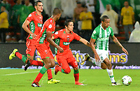 MEDELLÍN-COLOMBIA, 18-04-2019: Jeison Lucumí de Atlético Nacional y Daniel Mantilla de Patriotas Boyacá disputan el balón, durante partido de la fecha 16 entre Atlético Nacional y Patriotas Boyacá, por la Liga Águila I 2019, jugado en el estadio Atanasio Gigardot de la ciudad de Medellín. / Jeison Lucumi of Atletico Nacional and Daniel Mantilla of Patriotas Boyacá vies for the ball, during a match of the 16th date between Atletico Nacional and Patriotas Boyaca, for the Aguila Leguaje I 2019 played at the Atanasio Girardot Stadium in Medellin city. / Photo: VizzorImage / León Monsalve / Cont.