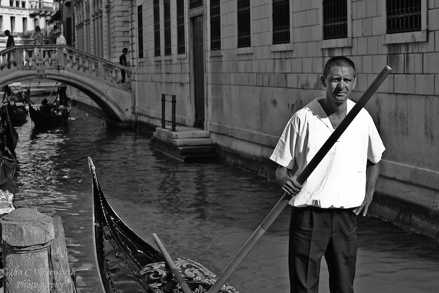 Venice Gondolier waits for a fare