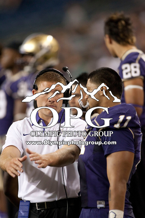 Sept 01, 2012:  Washington's Tosh Lupoi against San Diego State.  Washington defeated San Diego State 21-12 at CenturyLink Field in Seattle, Washington...
