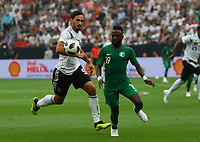 Mats Hummels (Deutschland Germany) gegen Fahad Al-Mulwallad (Saudi-Arabien) - 08.06.2018: Deutschland vs. Saudi-Arabien, Freundschaftsspiel, BayArena Leverkusen