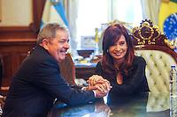 ATENCAO EDITOR IMAGEM EMBARGADA PARA VEICULOS INTERNACIONAIS - BUENOS AIRES, ARGENTINA, 17 OUTUBRO 2012 - ENCONTRO LULA COM CRISTINA KIRCHNER - O ex presidente da Republica Luiz Inacio Lula da Silva, durante encontro com a presidente da Argentina Cristina Fernandez Kirchner, na Casa Rosada, sede governo argentino, em Buenos Aires capital da Argentina nesta quarta-feira, 17. (FOTO: JUANI RONCORONI / BRAZIL PHOTO PRESS).