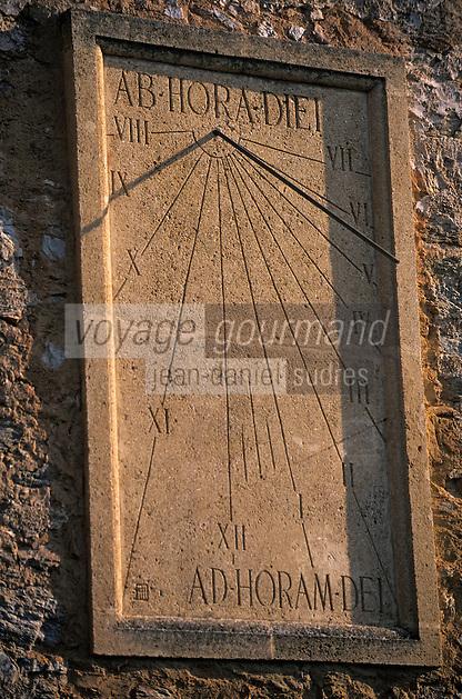 Europe/Provence-Alpes-Côte d'Azur/83/Var/Bormes-les-Mimosas: L'église Saint Trophyme - Détail du cadran solaire