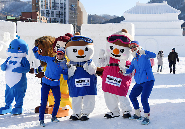 "Ingrid Tandrevold (L) and Tiril Eckhoff (R), Norwegian biathletes, standing together with mascots for a picture in the ""Snow Land"" ice sculpture park in Pyeongchang, South Korea, 07 February 2018. The Pyeongchang 2018 Winter Olympics take place between 09 and 25 February. Photo: Tobias Hase/dpa /MediaPunch ***FOR USA ONLY***"