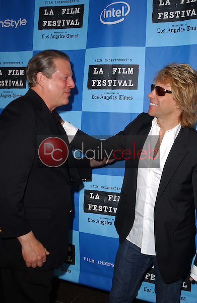 Al Gore and Jon Bon Jovi<br />at a Special Outdoor Screening of &quot;An Inconvenient Truth&quot;. Grand Performances, Los Angeles, CA. 06-24-06<br />Dave Edwards/DailyCeleb.com 818-249-4998