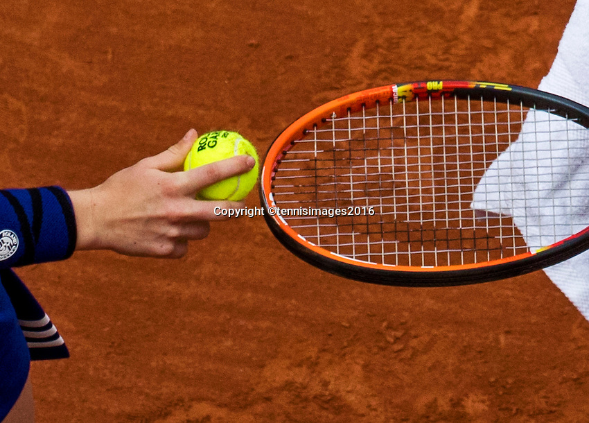 Paris, France, 22 June, 2016, Tennis, Roland Garros, ballkid hands a tennisbal to a player<br />