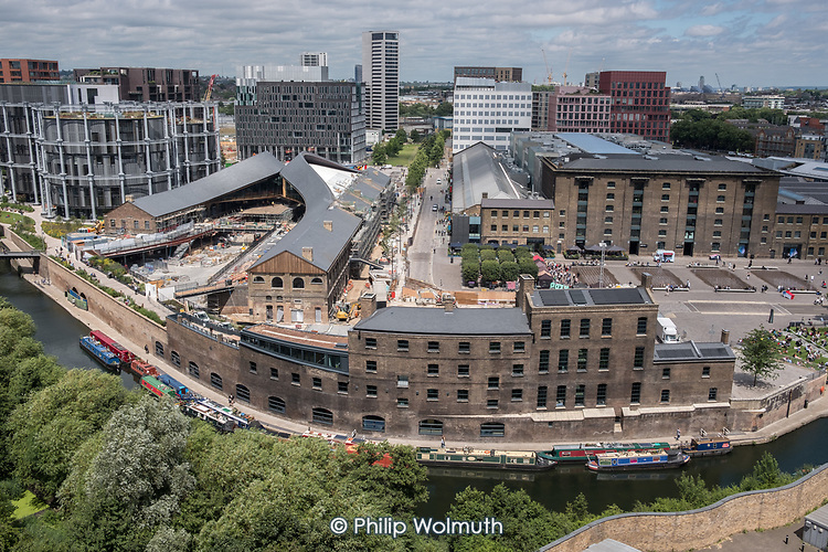 The Coal House, Granary Square and Grand Union Canal.  Redevelopment in progress on the former King's Cross Goods Yard, London.