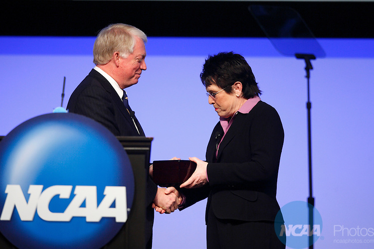 2009 Jan 15: Billie Jean King receives the Gerald R. Ford Award from Michael Adams at the 2008 NCAA Convention at the Gaylord National Resort and Convention Center in National Harbor, MD.  ©Trevor Brown, Jr./NCAA Photos.