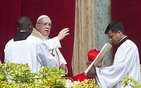 Pope Francis to delivers the Easter's Urbi et Orbi message in St. Peter's Square at the Vatican, April 1, 2018.<br /> UPDATE IMAGES PRESS/Riccardo De Luca<br /> <br /> STRICTLY ONLY FOR EDITORIAL USE