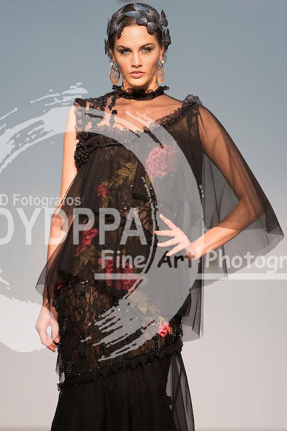 Model Sara Sanmartin poses