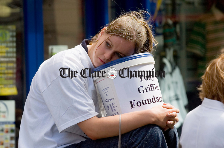 Lorraine Kelly collecting for the Tony Griffin Foundation during the Ennis Street Festival. Photograph by John Kelly.
