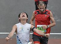 BOGOTÁ -COLOMBIA. 28-07-2013. Aspecto de los participantes en la meta de linea de la Media Maratón de Bogotá 2013. En esta ocasión Geoffrey Kipsang (Kenia) fue el ganador con un tiempo de 1.03:46 y en mujeres Priscah Jeptoo (Kenia)con un ntiempo de 1.12:24. / Aspect of the people at the finish lilne of the Half Marathon of Bogota. In this edition Geoffrey Kipsang (Kenya) with a time of 1.03:46 and in women the winner  was Priscah Jeptoo (Kenya) with a time of 1.12:24. Photo: VizzorImage / Str