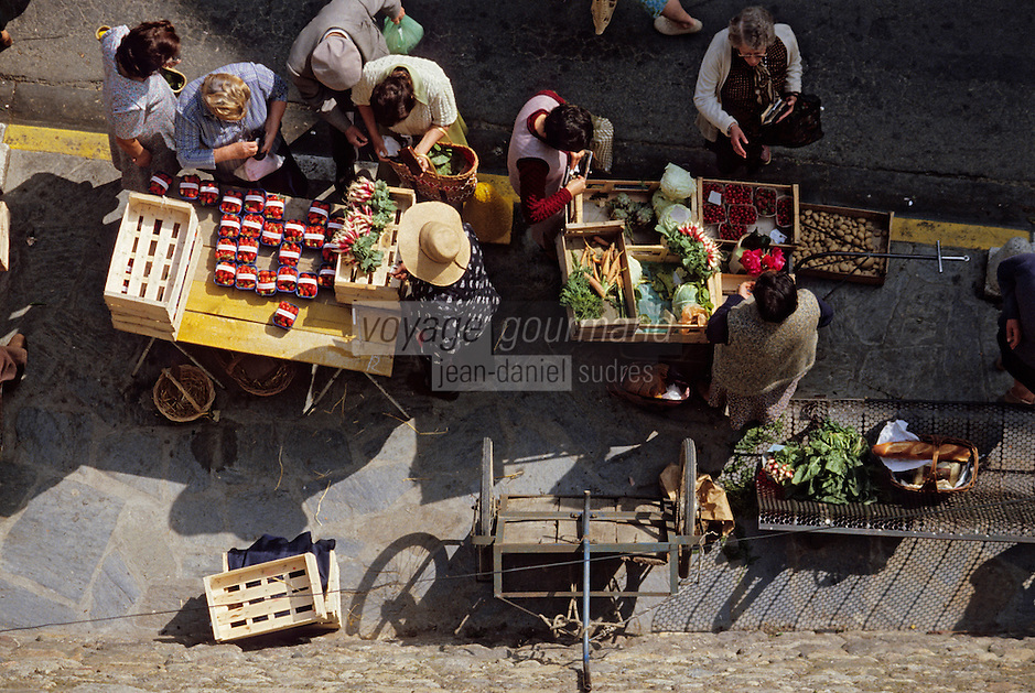 Europe/France/Languedoc-Roussillon/66/Pyrénées-Orientales/Elne: Le marché<br /> PHOTO D'ARCHIVES // ARCHIVAL IMAGES<br /> FRANCE 1980