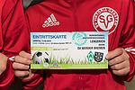 13.05.2018, SV Victoria Gersten e.V., Gersten, GER, FSP, Samtgemeideauswahl Lengerich vs SV Werder Bremen<br /> <br /> im Bild<br /> Eintrittskarten vom Freundschaftsspiel werden lt. Werder Bremen gegen Freikarten / Eintritt am &quot;Tag der Fans&quot; am 11.08. eingetauscht, <br /> <br /> Foto &copy; nordphoto / Ewert