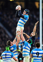 Guido Petti of Argentina wins the ball at a lineout. Old Mutual Wealth Series International match between England and Argentina on November 26, 2016 at Twickenham Stadium in London, England. Photo by: Patrick Khachfe / Onside Images