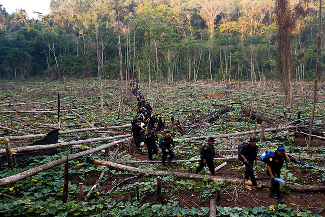 "Guatemala, Petén, Mayan Biosphere Reserve, Land Conflicts, Eviction operation in ""Sierra del Lacandón"" park. The operations only affect despered farmers who often work for wealthy ranchers those want to turn the protected area into cattle ranching land. The expensive evictions have little long term results as long as the root problems are not adressed and settlers come back after military has left."