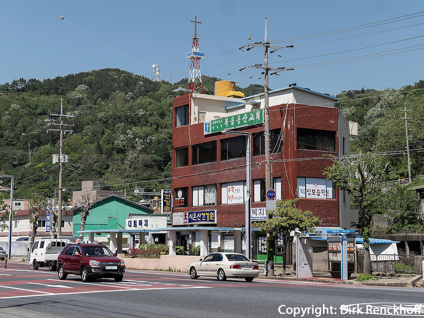 Stra&szlig;e In Yeosu, Provinz Jeollanam-do, S&uuml;dkorea, Asien<br /> street  in Yeosu, province Jeollanam-do, South Korea, Asia